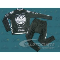 Equipación Rock Racing Body Armor (Maillot manga larga y Culotte largo).